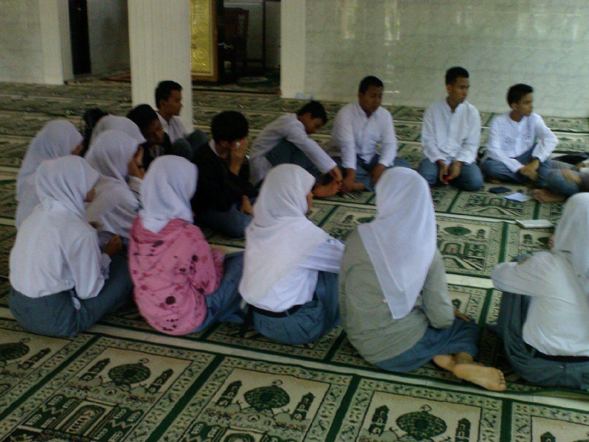 """Intoleransi Tumbuh Pada Generazi """"Z"""" di Indonesia:  Hasil Survey di Banyak Sekolah dan Kampus."""