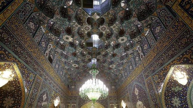 Interior Imam Ridho.jpg