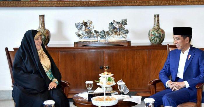 Ebtekar Wakil Presiden Urusan Wanita Iran dan Presiden Jokowi.jpg