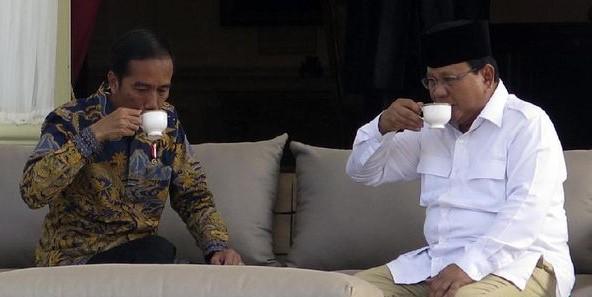 Jokowi-Prabowo@cnn.jpg