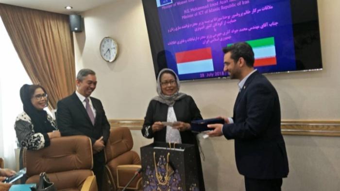 Mentri Pemberdayaan Perempuan Indonesia dan Iran.jpg
