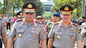 Kepala Polda Jawa Timur Inspektur Jenderal Luki Hermawan