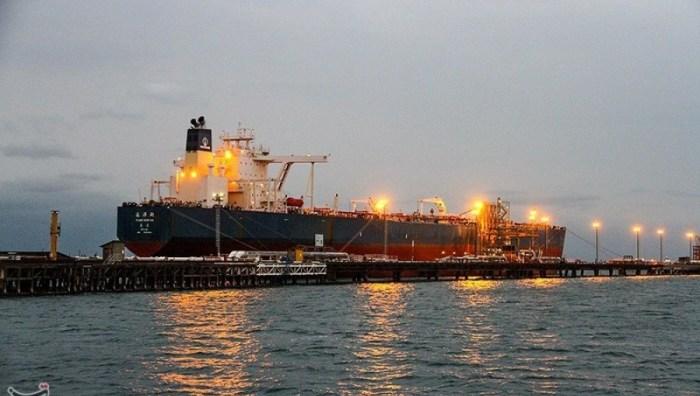 Tanker Minyak Iran.jpg