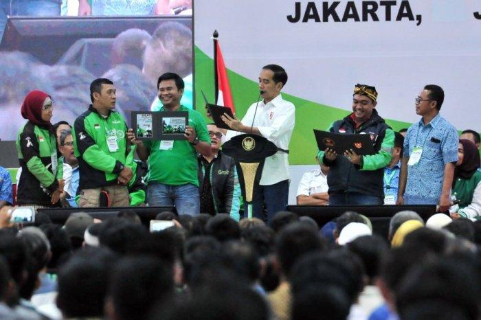 Ojek online - Jokowi.jpg