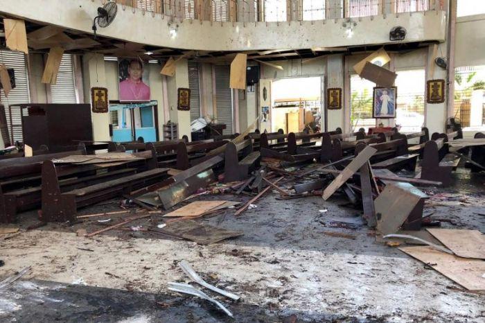 Bom Gereja Filipina.jpg